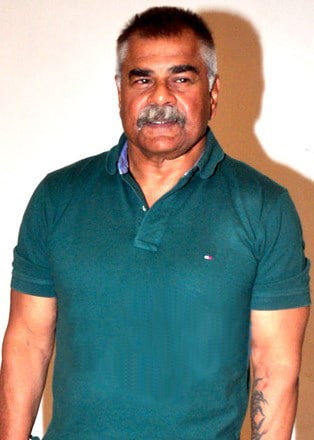 sharat saxena in jai mummy di