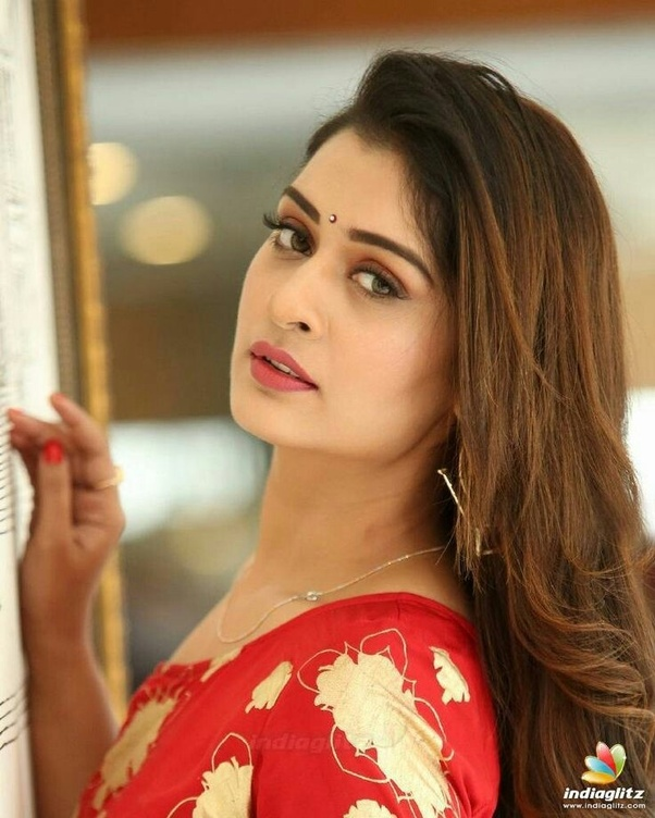 payal in rx 100